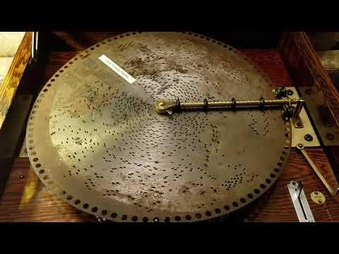 "Regina 15.5"" music box, oak pinstripe cabinet, plays Polyphon disc, ""Youthful Dreams - Waltz"""
