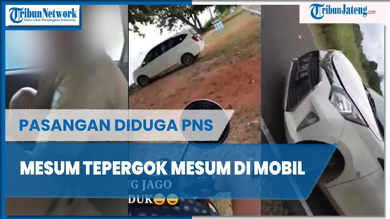 Download Warga Gerebek Pasangan Diduga PNS Mesum Dalam Mobil