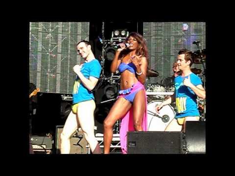 Rewind Festival 2012 - Sinitta - Medley