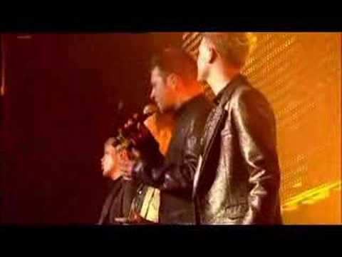 Westlife - Colour My World (Face To Face Tour 2006)