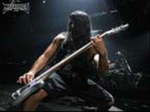 Metallica - Bass Solo Robert Trujillo live