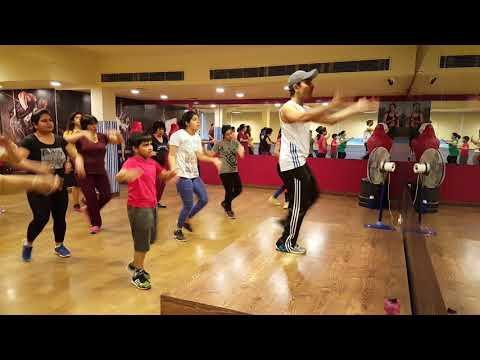 Zumba Fun Fitness Class - Music: Bailame Tropical Version