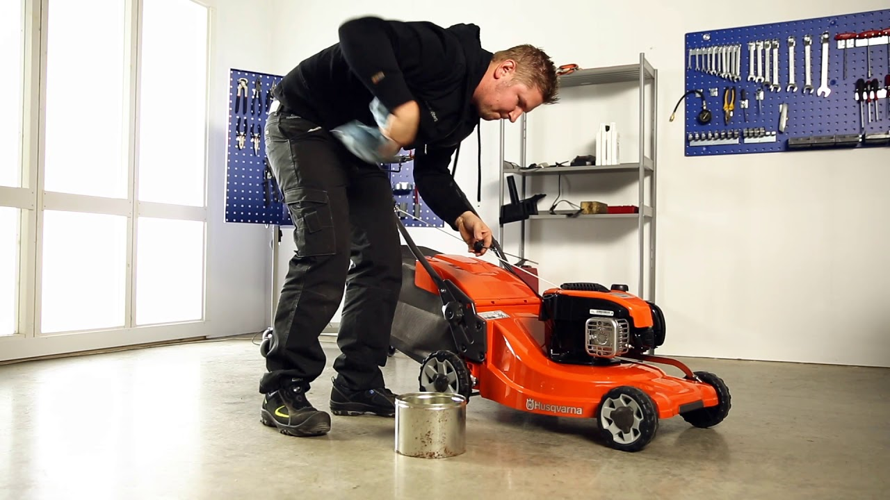 #tutorial Como mudar o óleo num corta-relva