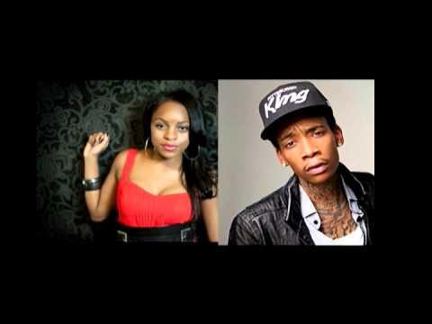 Wiz Khalifa: Roll Up Ft. Khalia (Remix Mashup) Audio Only