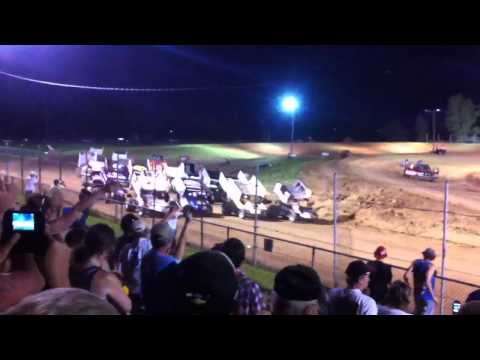 World of Outlaws 4 Wide @ I-96 Speedway