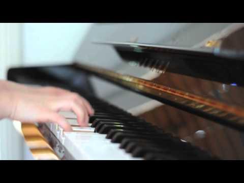 CN Blue 씨엔블루 - Love Girl (Piano)
