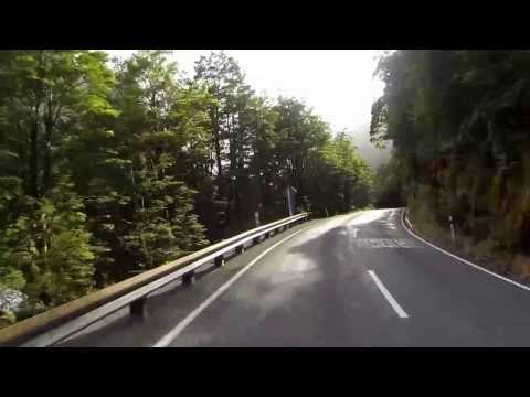 Driving New Zealand - Homer Tunnel to Lake Gunn