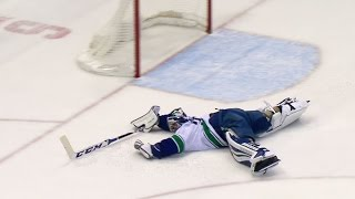 Gotta See It: Miller makes outrageous save on empty net attempt