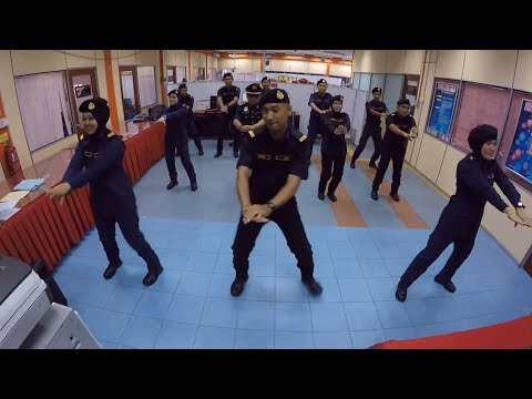 Perlis JPJ and Selayang Hospital 'accept' Panama Dance Challenge