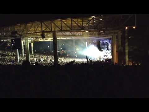 She Will Be Loved - Maroon 5 - Live at the Klipsch Music Center (8/3/2013)