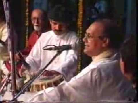 Piya Nahi Jab Gaon Main