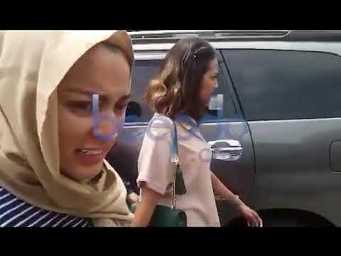 Video Eksklusif, Jane Shalimar Gandeng Tangan Vanessa Angel Usai Diperiksa Polisi Mp3