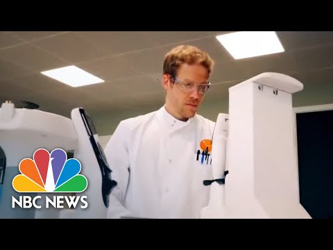 Oxford Coronavirus Vaccine Enters Third And Final Phase In U.S. | NBC News NOW