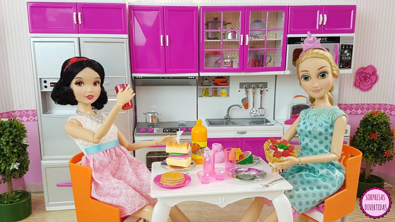 Cocino para las mu ecas princesas disney con juguetes de comida la cocina de barbie youtube - Casitas de princesas ...