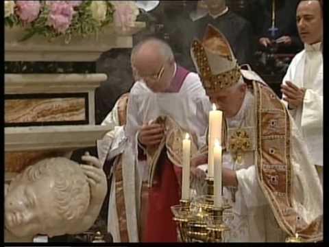 Montecassino il papa in abbazia quarta parte preghiera sulla tomba di san benedetto youtube - Vi metto a tavola san benedetto ...