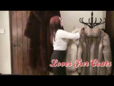 Red Hair Wowan Loves Fur Coats 2