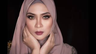 Terus Mencintai Siti Nordiana( Official lyrics video) MP3