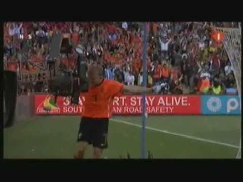 k'naan waving flag Oranje WK 2010