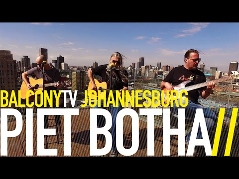 PIET BOTHA – SUITCASE VOL WINTER (BalconyTV)