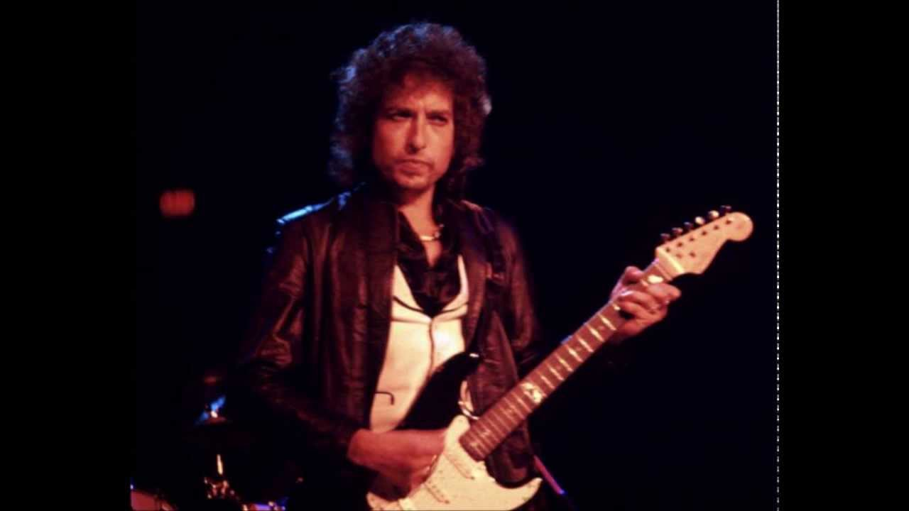 Bob Dylan-Where Are You Tonight (Journey Through Dark Heat)-  Live,Charlotte, 1978