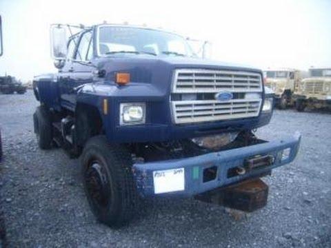 1989 Ford F-700 Boom Truck