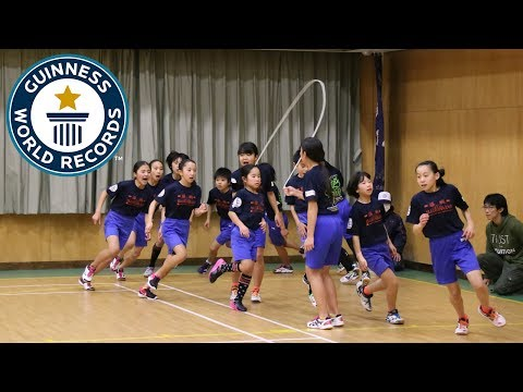 Incredible team skipping challenge - Guinness World Records