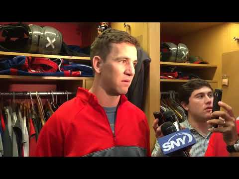 Giants' Eli Manning gets emotional about benching