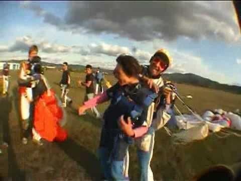 È Morto Pietro Taricone, Incidente Col Paracadute A Terni