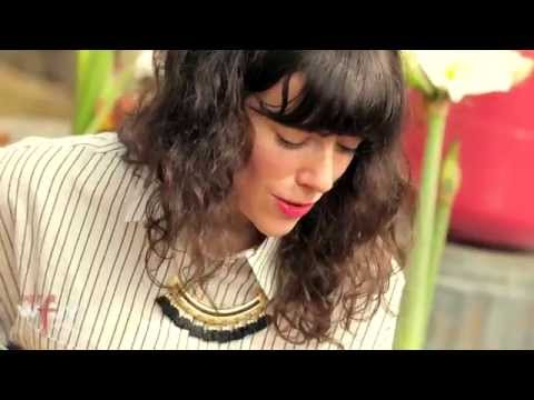 "Natalie Prass - ""Why Don't You Believe In Me"" (live at SXSW)"