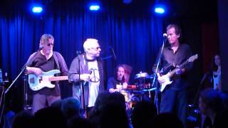Watch Eric Burdon InsideLooking Out video