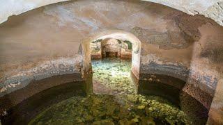 После того как в британском дворце было осушено озеро, обнаружили удивительную сеть секретных комнат