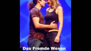 Wise Guys - Das fremde Wesen (LYRICS)