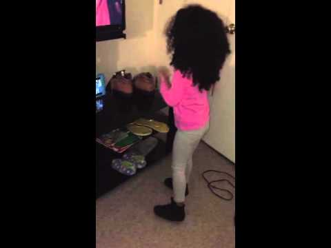 Dancing to Fifth Harmony-worth it ft. Kid ink (haschak sisters)