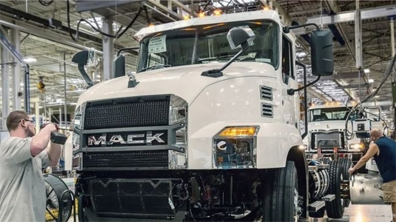 Mack truck production - Manufacturing Factory