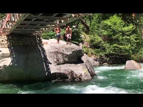 Bubbz Creek In Kings Canyon