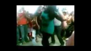 رقص بنات على مهرجان طفى النور يا بهيه (((حسن تيجوو)))