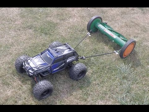 Traxxas Summit Mowing The Lawn With Reel Mower