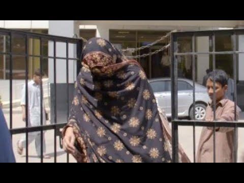 W obawie o swoje dzieci, kobieta nie wydała męża policji  [Kobieta na krańcu świata]