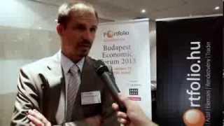 Magyarország jobban teljesít? Kisgergely Kornél és Duronelly Péter válaszolnak (Portfolio interjú)
