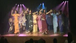 Dailymotion   Danse indienne 2008 Ados Colombes   une vidéo Musique