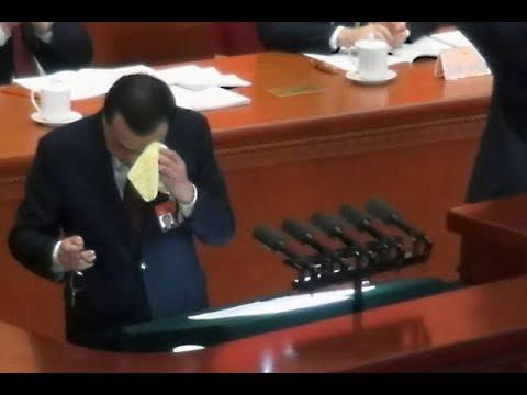 """《石涛评述》两会结束 李克强报告争持更承认""""新的下行压力"""""""