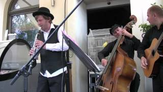 Papirosn - yiddish song - klezmer band