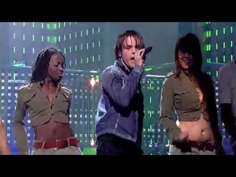 "Serge singing ""Little Green Bag"" by Reservoir Dogs - Liveshow 2 - Idols season 3"