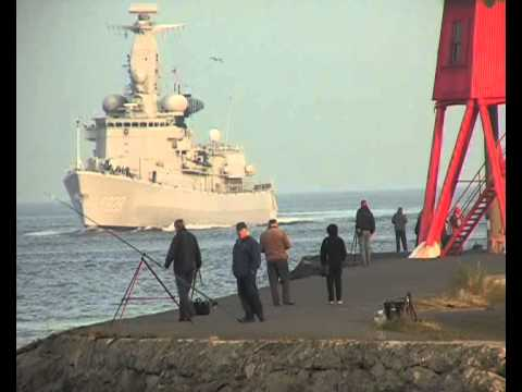 Dutch Naval Frigate HNLMS Van Speijk arrives on the Tyne 16th November 2012