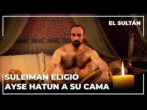 Sultan Suleiman está en khalvet con Ayse Hatun!   El Sultán