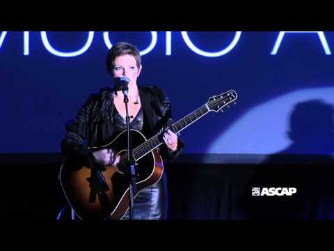 Natalie Maines performs