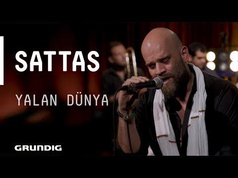 Sattas - Yalan Dünya (Neşet Ertaş Cover) @Akustikhane #sesiniaç