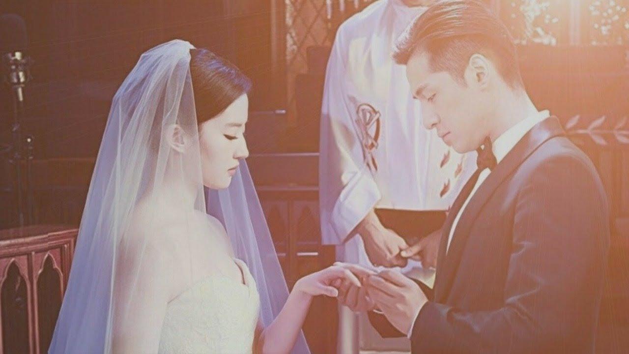 """Không cần gọi tên Hồ Ca nữa, """"thánh FA"""" cũng tung ảnh cưới ngọt ngào với Lưu Diệc Phi"""