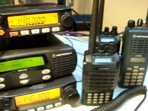 Realizando prueba en un canal de zello con radio