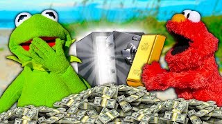 kermit-the-frog-and-elmo-find-1-000-000-of-buried-treasure